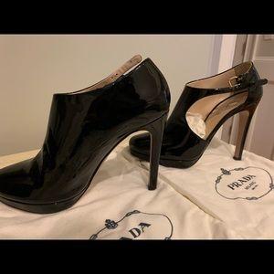 Prada Calzature Donna Heels - black